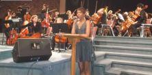 Kellylee Evans & the myriad cellos