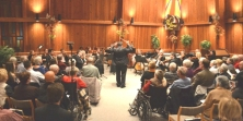 Demuynck; his musicians, and an enthralled audience
