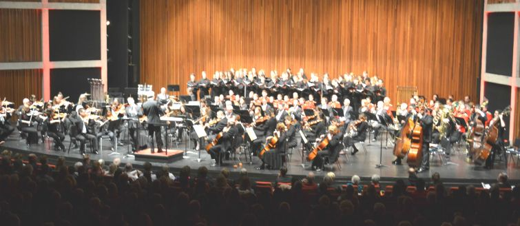 Ochestra; Choir & Ryl Hamilton Regimental band together in concert