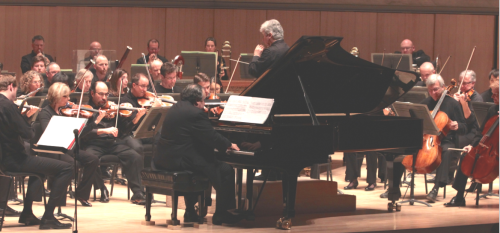 Bronfman performing with the Toronto Symphony